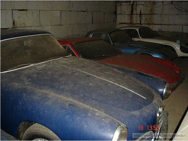 The Collection Of Cars Someone Found In This Abandoned Warehouse Is Unreal