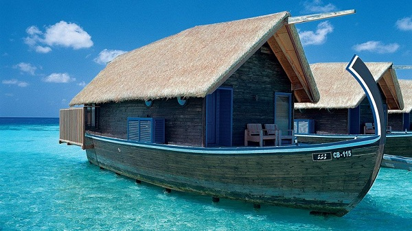 Feel Like You're Floating On The Ocean At The Maldives Cocoa Island Resort