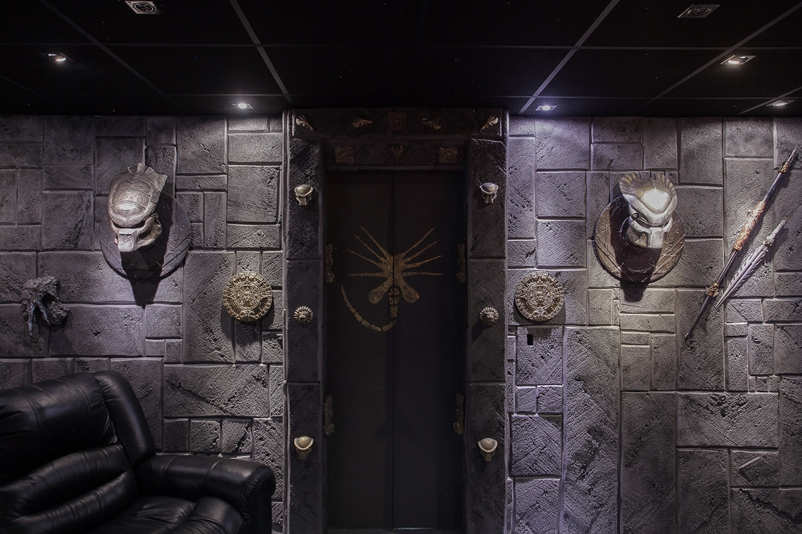 This Ridiculous 'Alien vs. Predator' House That's For Sale Is The Ultimate Bachelor Pad