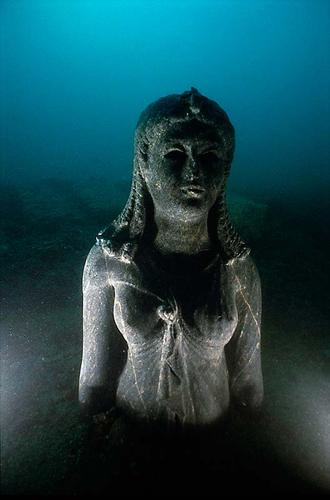 Scientists Find Lost Egyptian City Underwater After 1200 Years