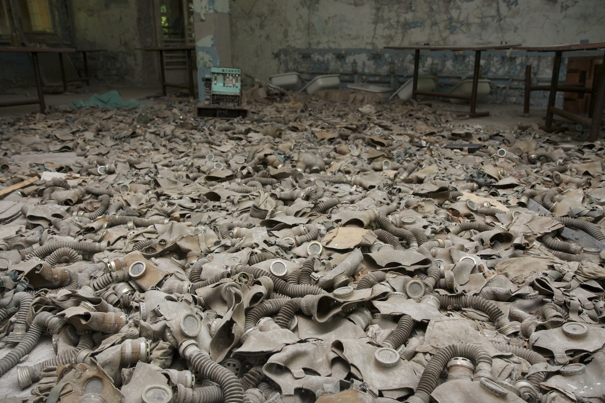 13 Rare Photos of the Decayed and Abandoned Nuclear City Of Chernobyl