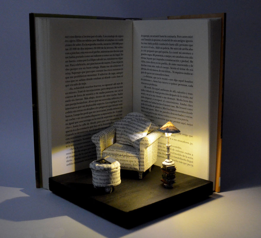 40 Of The Most Incredibly Beautiful Sculptures Using Book Pages