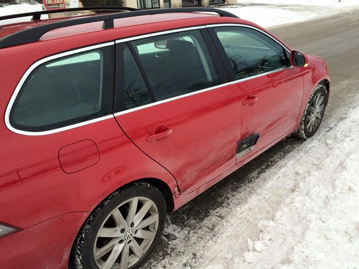 Driver Thinks He Got Away With A Hit And Run, Doesn't Realize He's Missing License Plate