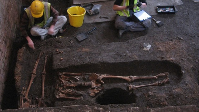 Ancient Medieval Burial Site Discovered Under Cambridge