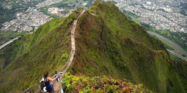 The Forbidden Stairway To Heaven Hike In Hawaii Is Totally Illegal But People Still Hike It
