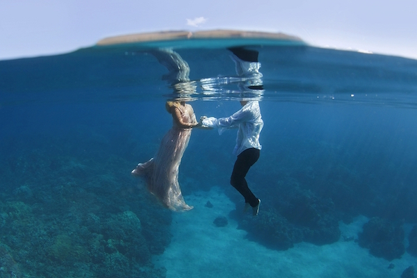Couple's Underwater Engagement Photos Will Take Your Breath Away