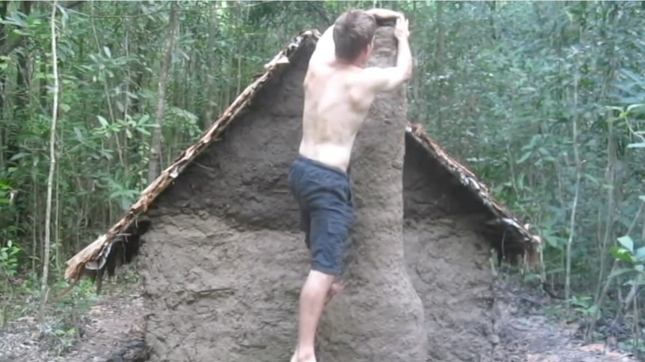 Man Builds Tile-Roofed Hut From Scratch Deep In The Forest, Entirely With His Bare Hands
