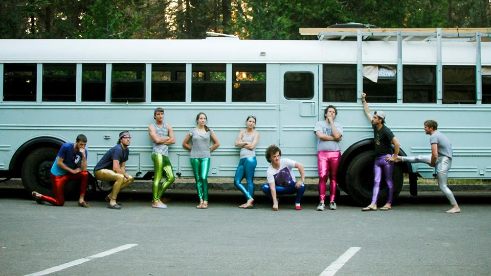 A Group Of College Students Transformed This Old Bus Into An Epic Motorhome