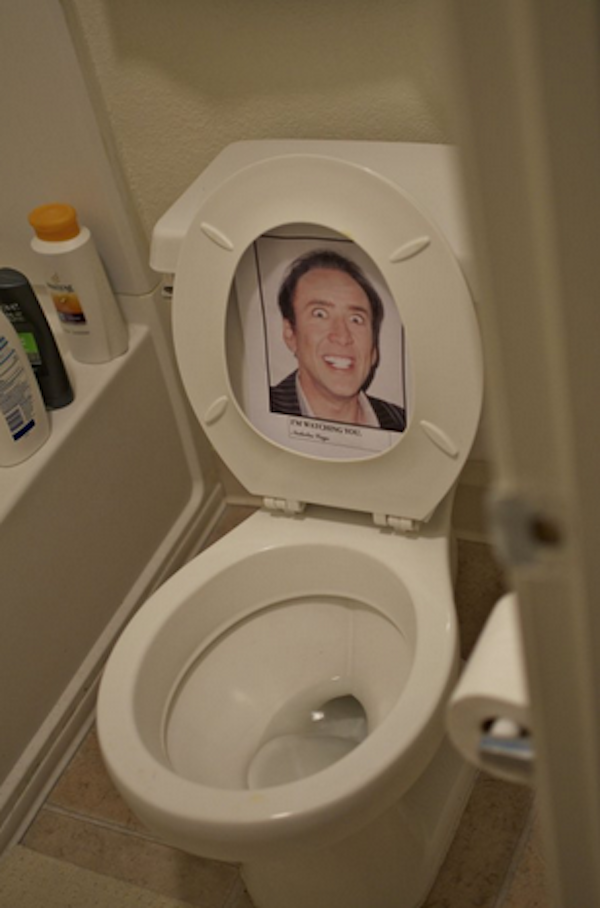 27 Hilarious Bathroom Pranks That Are Seriously Messed Up