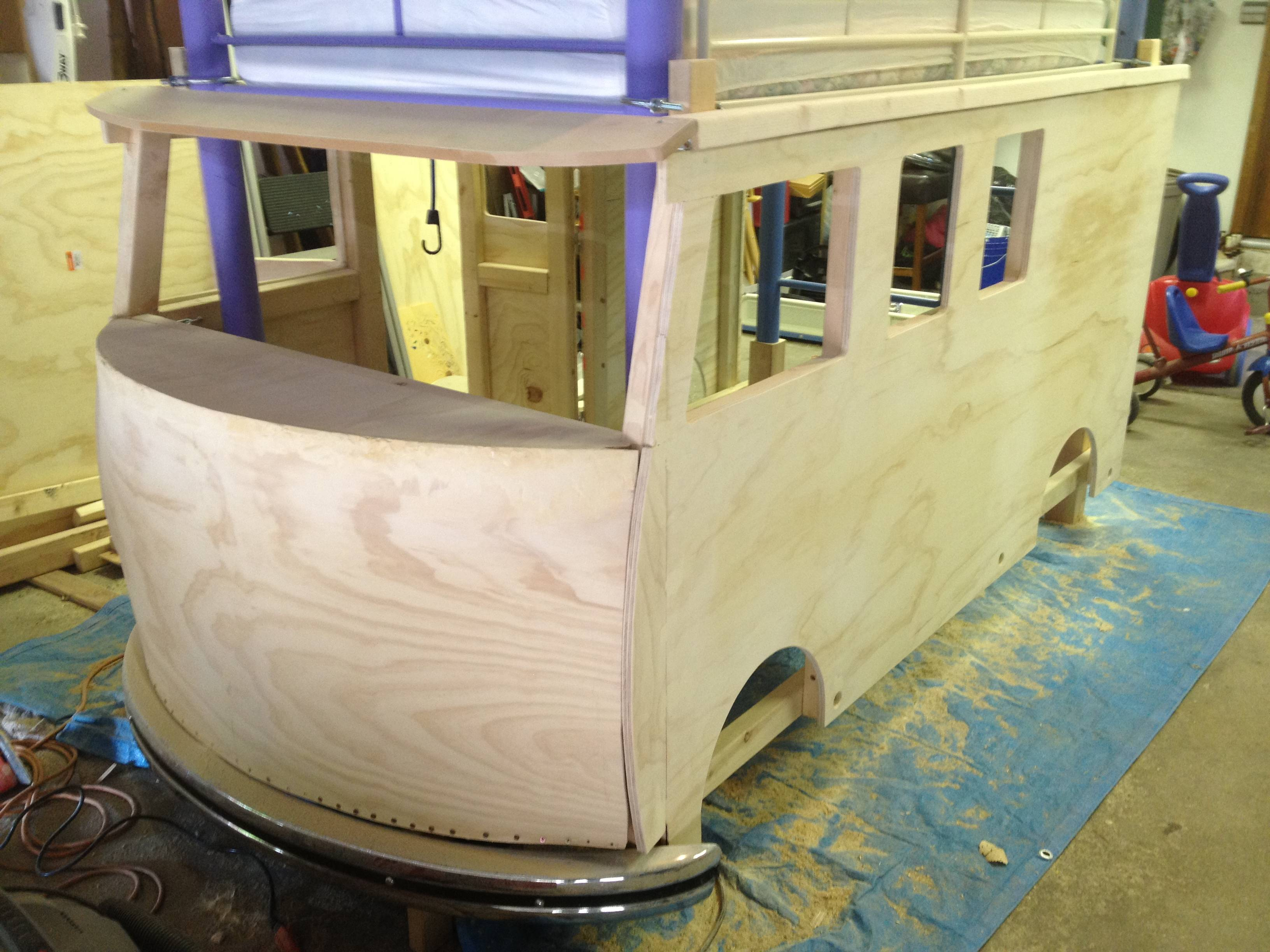 Dad Builds His Daughter An Incredible Volkswagen Bus Bed And It's Awesome