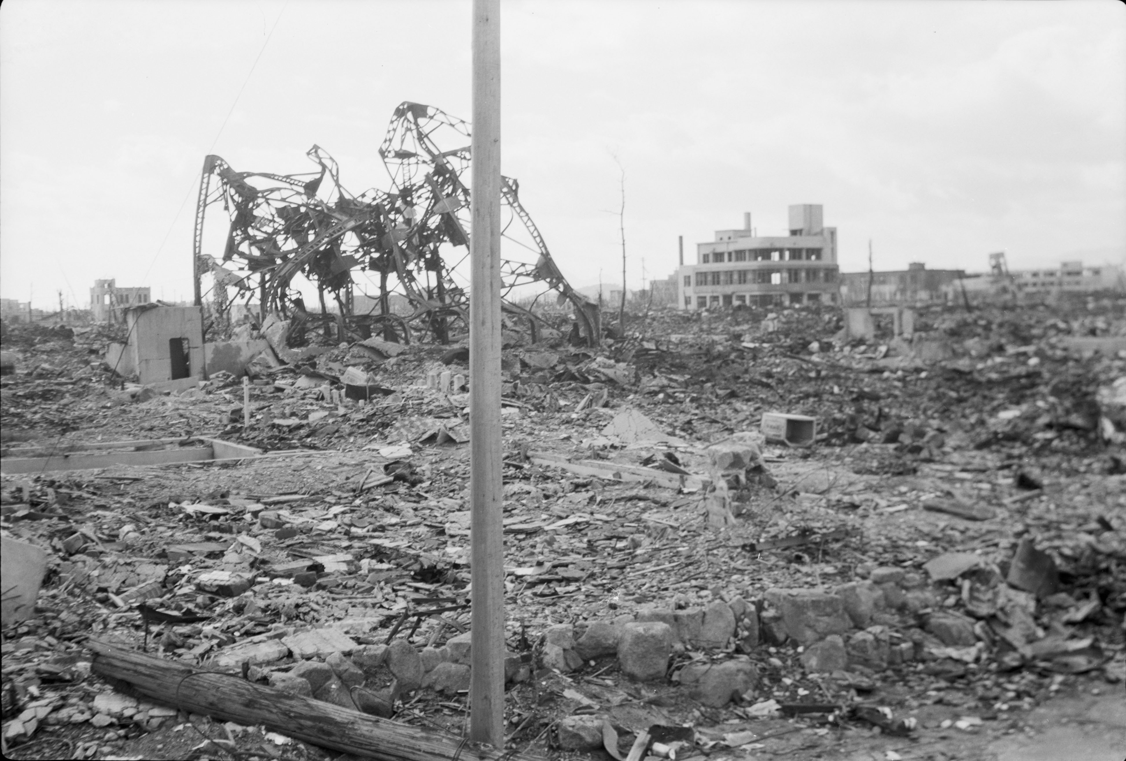 22 Incredible Pictures of Hiroshima After The Atomic Bomb Hit That Shows The True Devastation It Caused