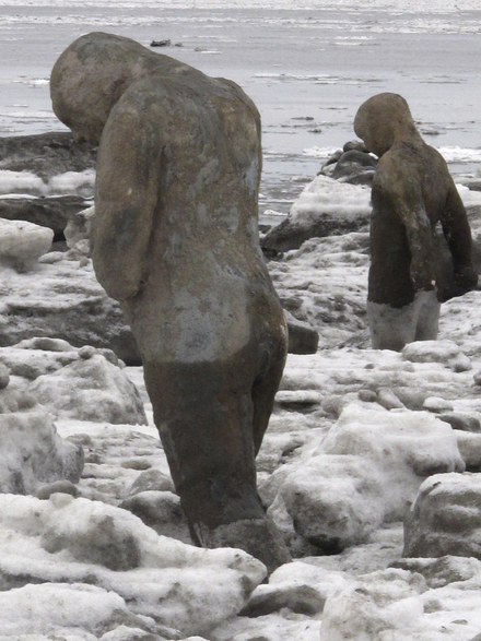 Artist Who Suffered From Depression Sees Her Vision Fulfilled As 100 Statues Are Placed Along Alaskan Beach