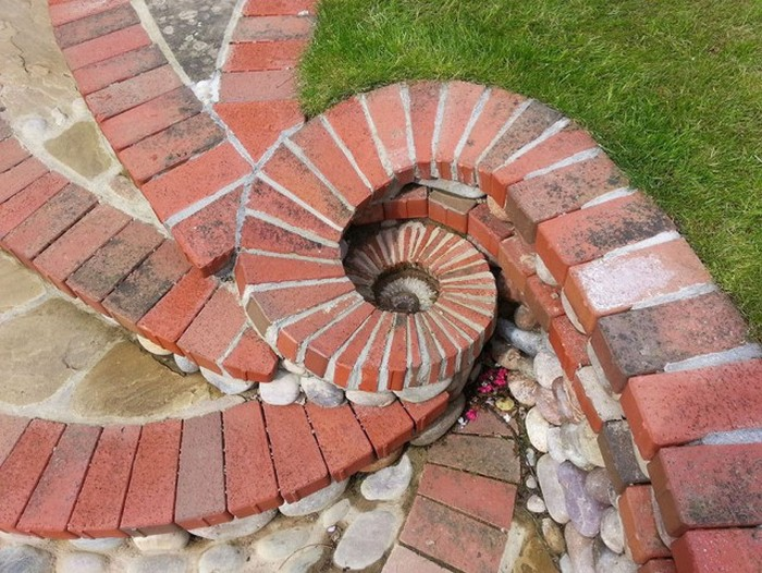 Bricklayer Turns Stones Into Works Of Art