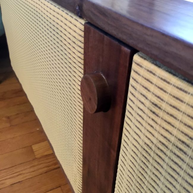 This Guy Repurposed A Set Of Old Speakers Into Retro-Looking Speakers