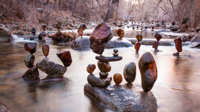 Man Creates Incredible Rock Sculptures Without Any Glue