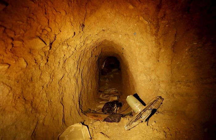 Kurdish Forces Found A Series Of Tunnels In An Iraqi Town Used By Terrorists