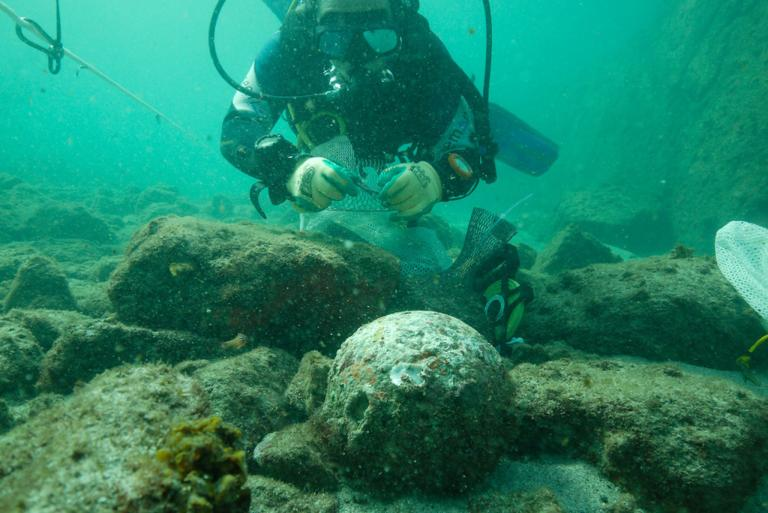 Scientists Find Wreckage From The Ship Of Vasco Da Gama That Sunk During A Violent Storm In 1503