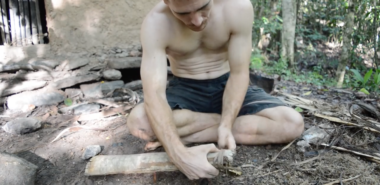 Survivalist Shows How To Build A Bow, Arrows And Quiver With Nothing But Woodland Materials