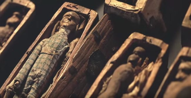 17 Mysterious Miniature Coffins Found In Scotland 200 Years Ago Remain An Unsolved Enigma