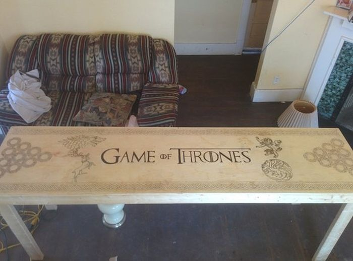 'Game of Thrones' Fan Designs Epic Beer Pong Table
