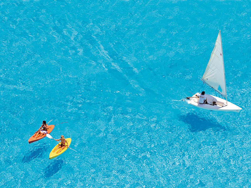 The World's Largest Pool Is So Big, You Can Sail A Boat On It And See It From Space