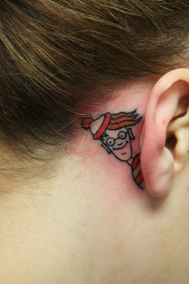 28 Clever Tattoos That Make Good Use Of The Body