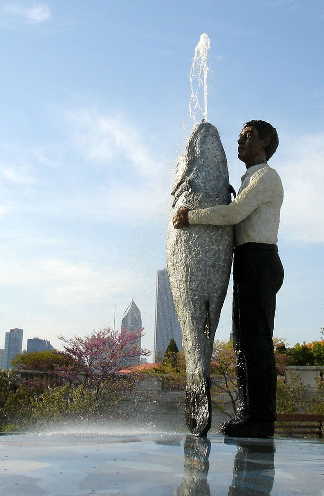 29 Of The Most Unintentionally Terrifying Statues In The World
