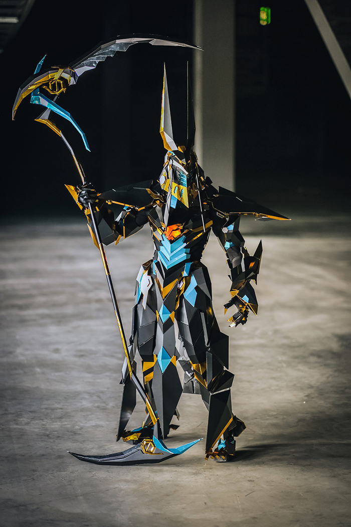 Woman Spends Over 1000 Hours On This Incredible Anubis Costume That Doesn't Even Look Real