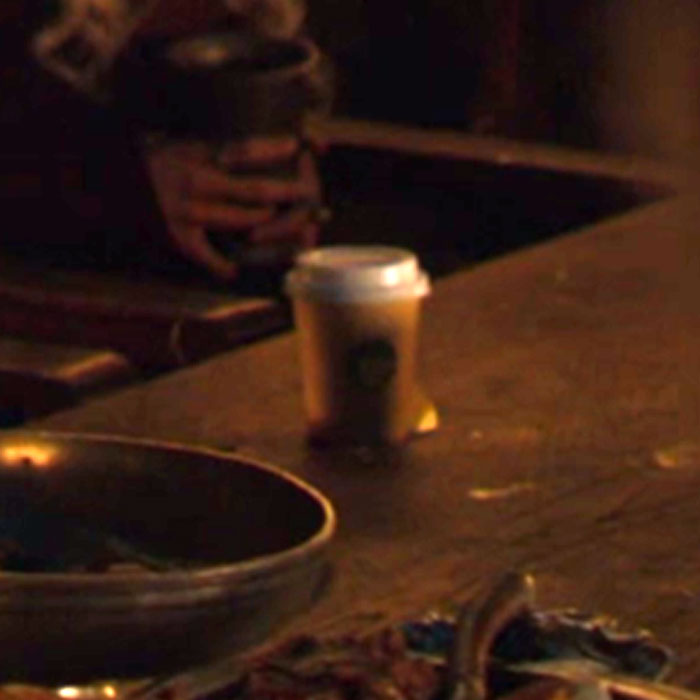 Game Of Thrones Fans Are Losing Their Minds Because A Starbucks Cup Was Accidentally Left In Scene