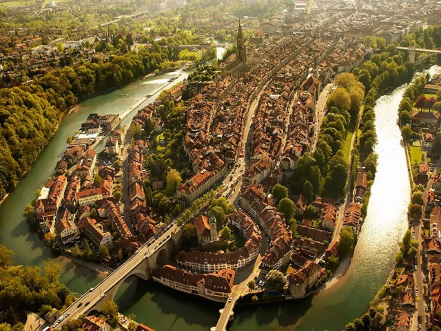 Surreal Birds-Eye View Of 30 Different Cities Around The World