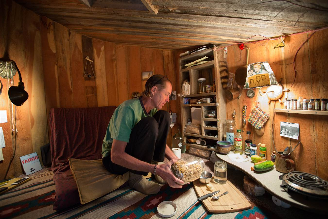 Man Chooses To Live On $5,000 A Year In A Hobbit Hole