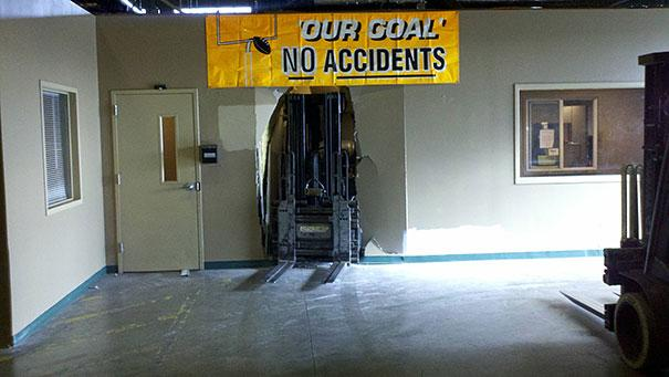 37 Of The Most Ironic Things That Have Ever Happened