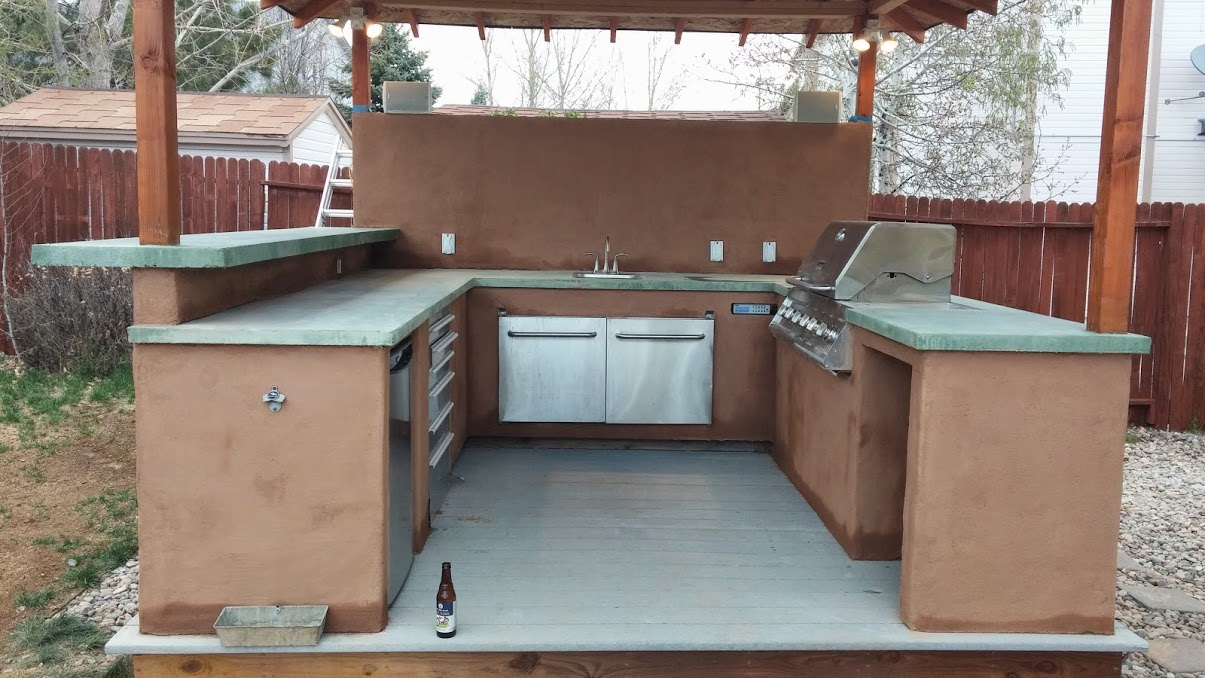 Guy Spends Two Years Building Kitchen And It Turned Out Amazing