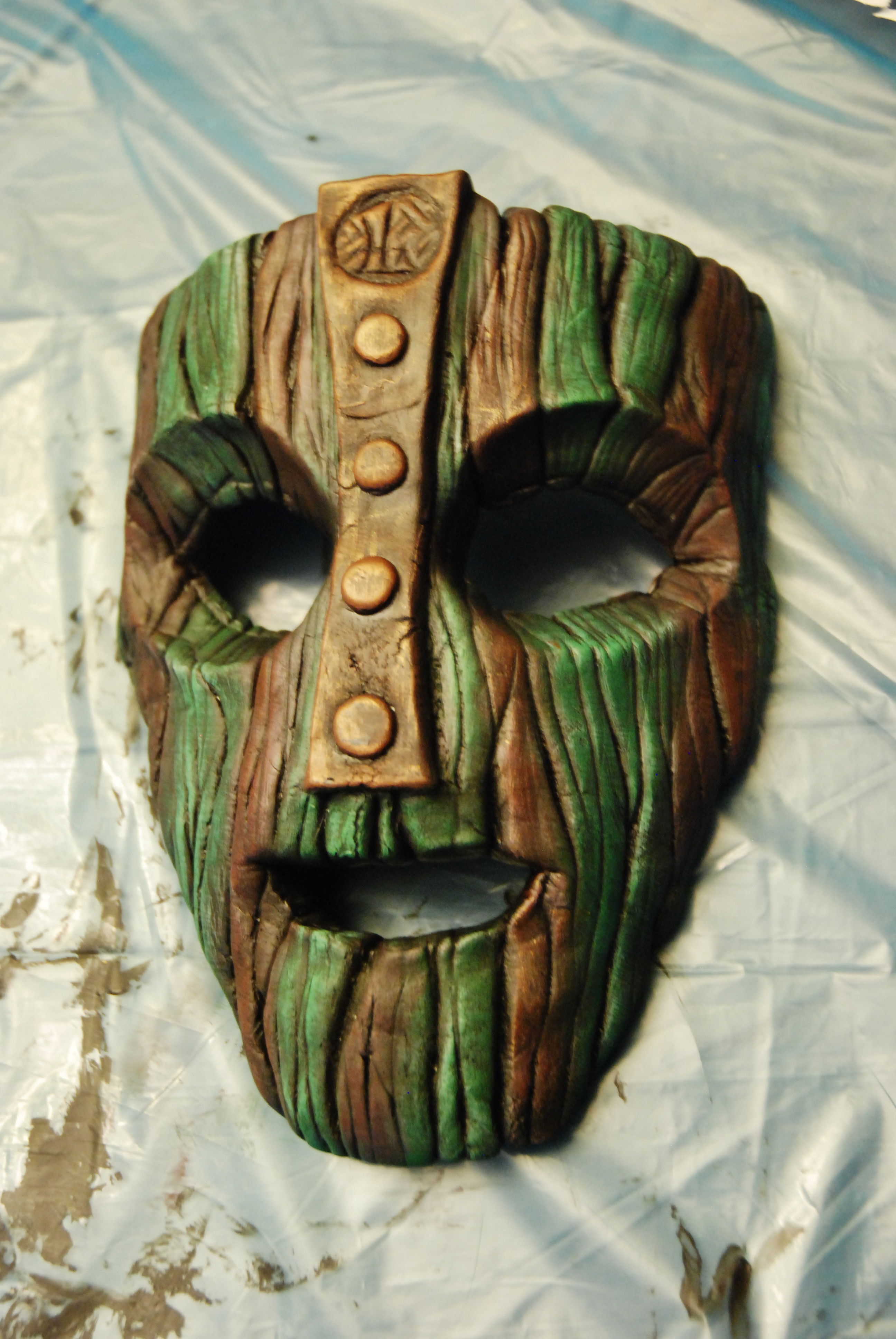 Dad Creates The Mask From The Movie 'The Mask' And It's Near-Perfect