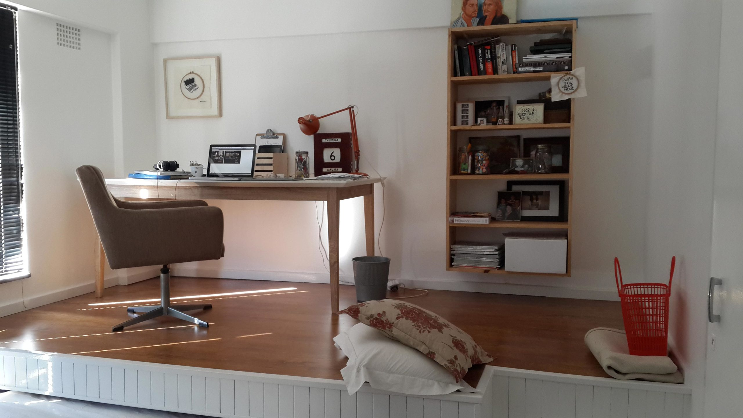 Man Builds Home Office Solution That Doubles As A Guest Room