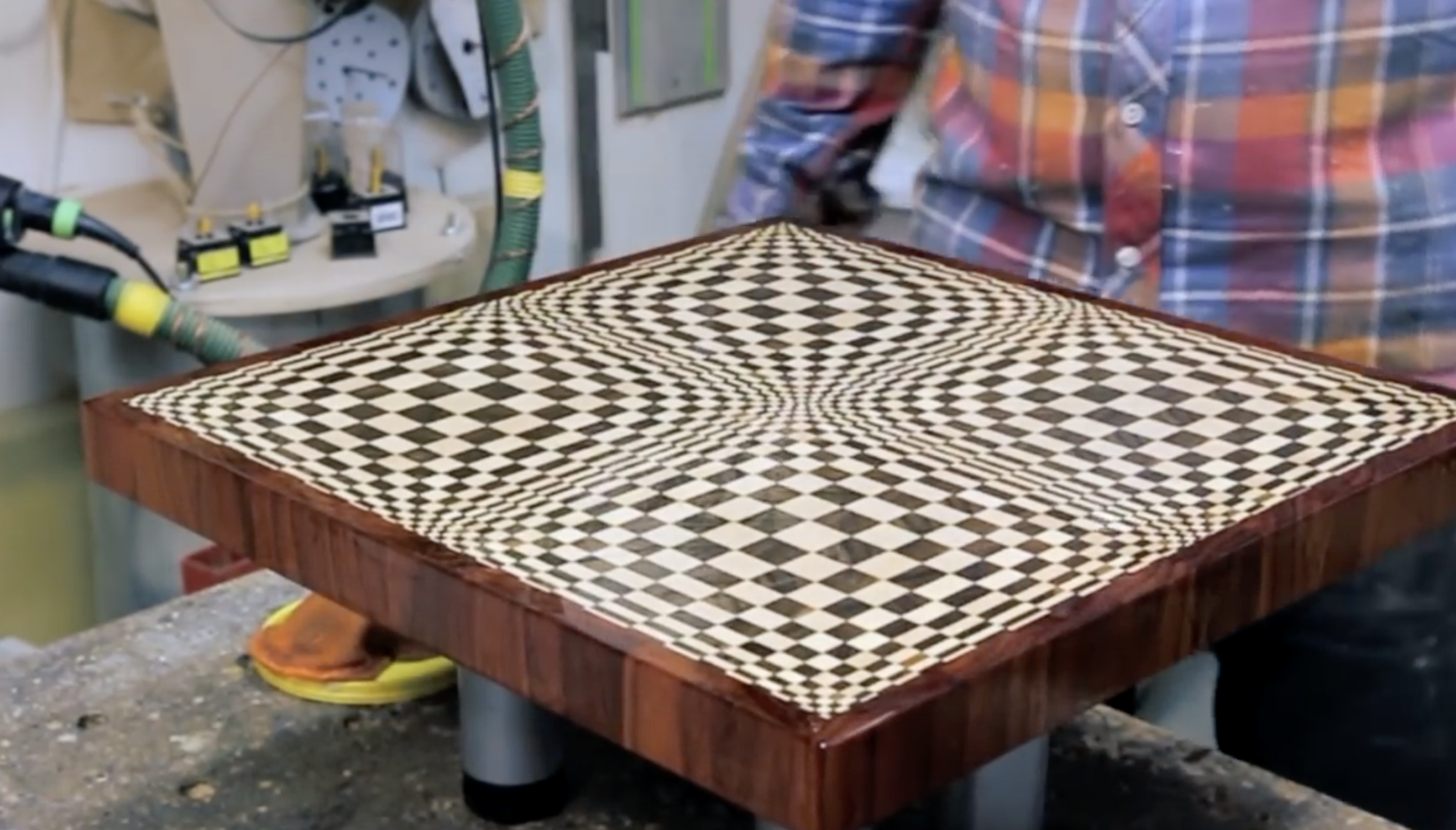 How To Make a 'Butterfly' 3D End Grain Cutting Board