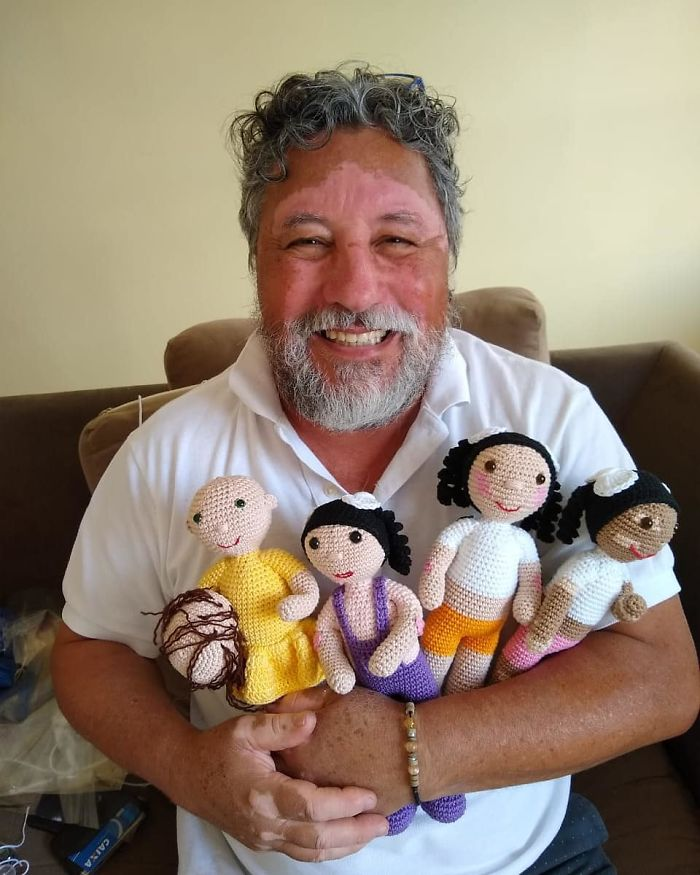Grandfather With Vitiligo Knits Dolls To Restore Self-Esteem Of Children With Same Disease