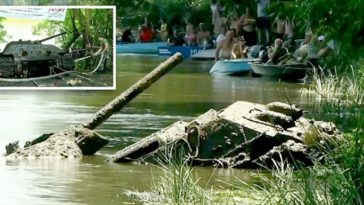 WWII Tank Pulled From Russian Lake After Spending Decades Submerged Underwater