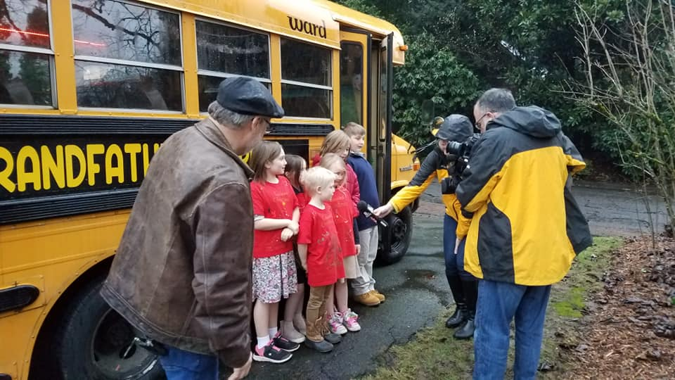 Grandpa Buys A School Bus So He Can Take His 10 Grandkids To School Each Morning