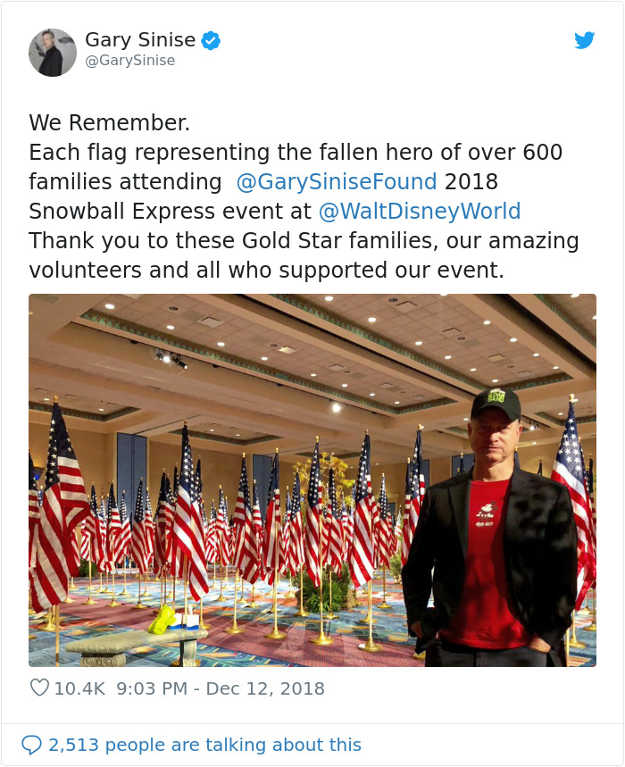 Actor Gary Sinise Took Over 1,750 Children Of Fallen Soldiers To Disney World Free Of Charge