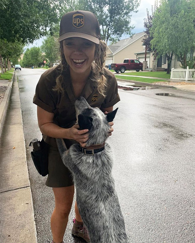 Apparently, UPS Drivers Have a Facebook Group About The Dogs They Meet On Their Routes (22 Pics)