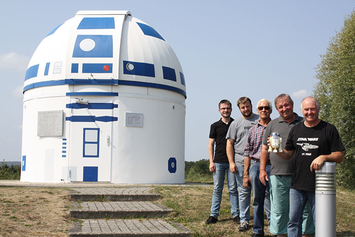 A Huge Star Wars Fan Just Repainted An Observatory Into R2-D2