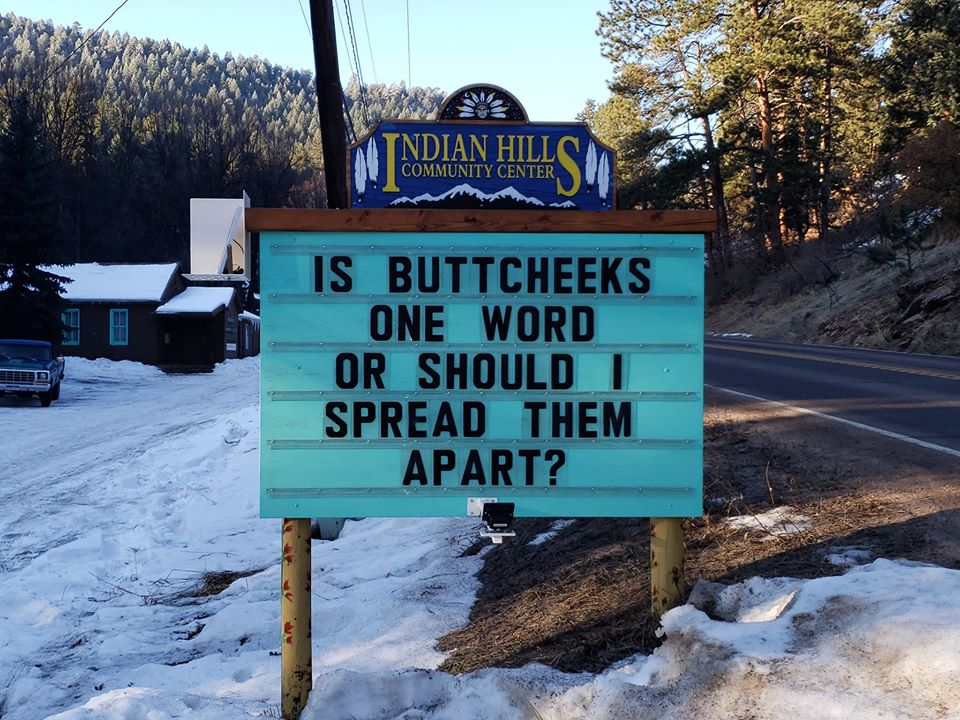Someone Is Putting Out The Funniest Signs In Colorado, And The Puns Are Amazing (36 Pics)