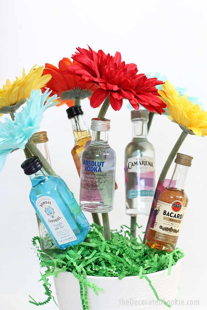 27 Booze Bouquets That Will Make Your Significant Other Feel Loved This Valentine's Day