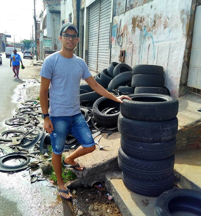 Man Creates Beds For Animals From Old Tires That He Finds In The Streets