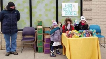 Girl Scouts Set Up Cookie Stand Outside A Weed Dispensary, Sell Several Hundred Boxes