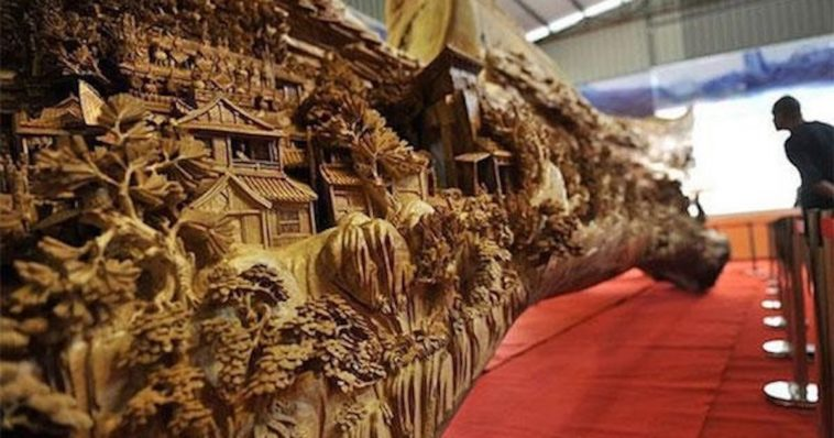 Sculptor Spends 4 Years Sculpting World's Longest Wooden Masterpiece